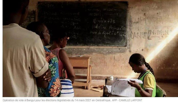 (rfi.fr)Élections en Centrafrique l'Autorité en charge du scrutin satisfaite des opérations de vote(rfi.fr)