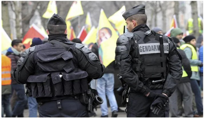 (Reseauinternational)Une policière espagnole s'adresse aux gendarmes et policiers français