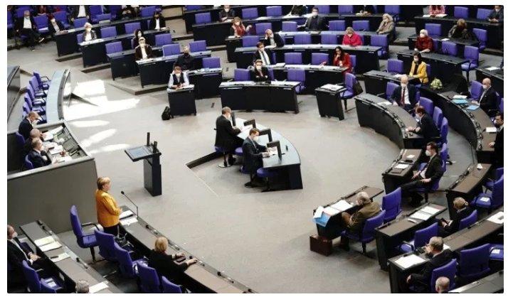 (Reseauinternational)« Merkel doit partir ! »  l'opposition durcit le ton devant le fiasco de la gestion allemande du COVID 19