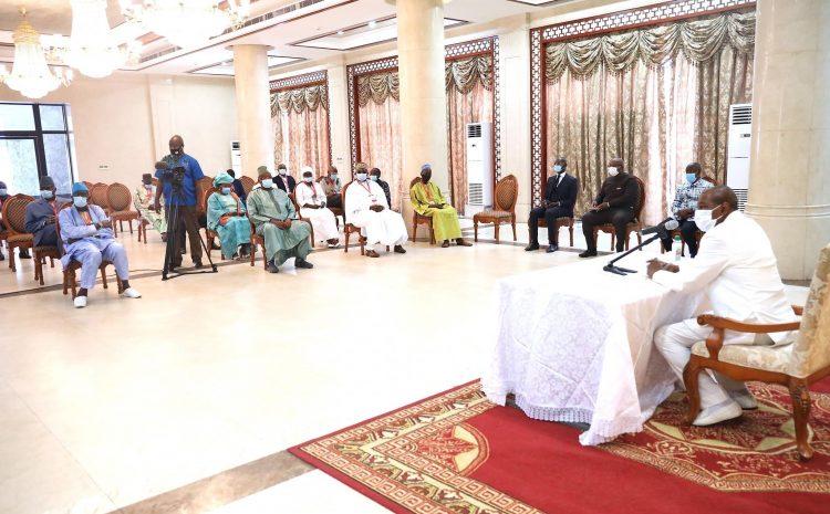 Après avoir raflé son 3ème mandat  Alpha trouve son chemin de Damas(guineenews.org)