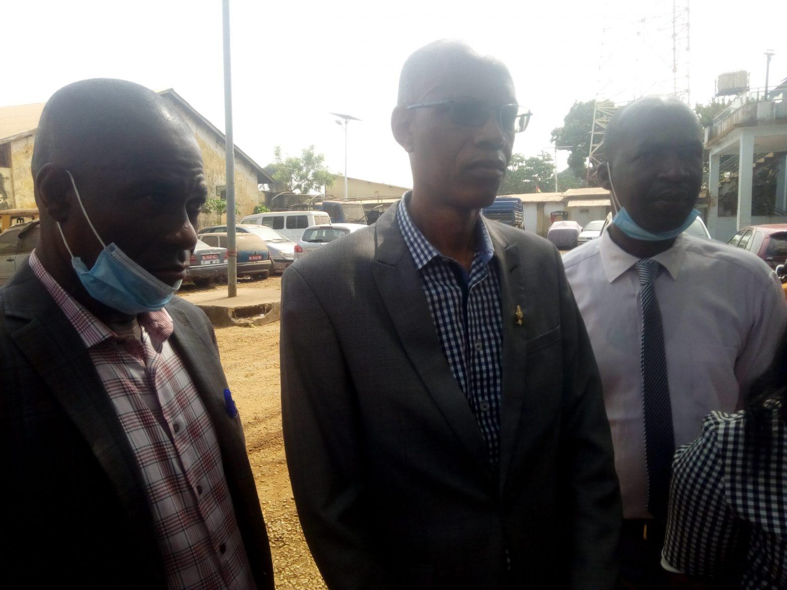 Maison centrale  les avocats des détenus politiques interdits de rencontrer leurs clients(guineenews.org)
