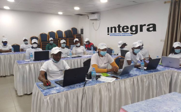Avis aux médias  programme integra forme des jeunes dans les métiers de l'infographie et du webdesign(guineenews.org)