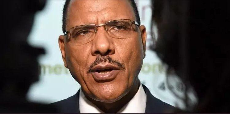 (rfi.fr)Niger la cérémonie d'investiture de Mohamed Bazoum placée sous haute sécurité