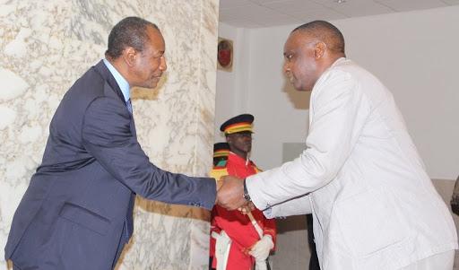 (Guineenews.org)Fatma Samoura à Alpha Condé  « Si Antonio est candidat, la Guinée sera sanctionnée ! »