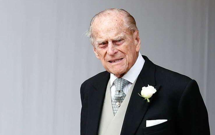 (purepeople.com)Le prince Philip est mort  crise royale, hospitalisation, confinement… Des derniers mois difficiles.