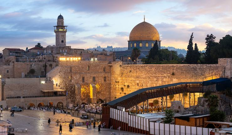 (Forbes.fr)Israël ouvrira ses frontières aux touristes internationaux vaccinés.