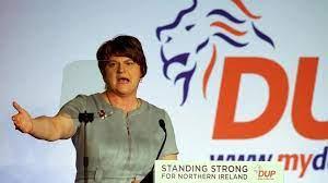 (monde.fr)En Irlande du Nord, les unionistes en crise après la démission de la première ministre.