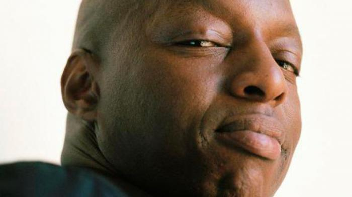 (reggae.fr)Oxmo Puccino pose son ganja tune reggae by Weedim
