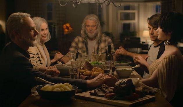 """(HuffSpot)Dans """"Jupiter's Legacy"""" sur Netflix, des super-héros vieux et ridés comme rarement on en voit"""