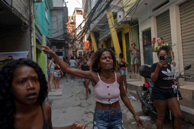 (HuffSpot)Brésil: dans une favela de Rio, 25 morts lors une opération antidrogue