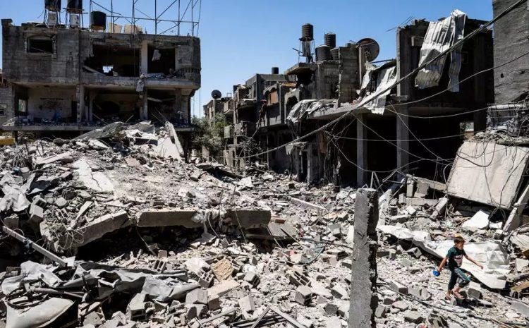 (rfi)Un Palestinien de Gaza endeuillé par les bombardements israéliens porte plainte à la CPI
