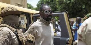 (jeuneafrique)[Édito] À quoi servent les militaires maliens ?