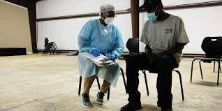 (monde.fr)Covid-19 dans le monde : l'Inde franchit le seuil des 400 000 contaminations par jour.