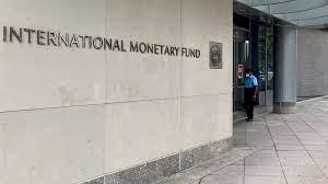 (rfi.fr)Le FMI débloque 650 millions de dollars pour soutenir l'économie du Sénégal.
