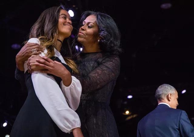 (Figaro)Michelle Obama se dit inquiète pour l'avenir de ses filles
