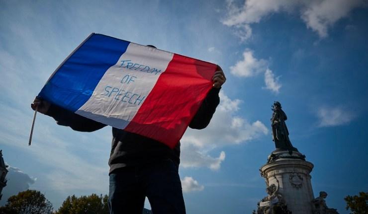 (Reseauinternational)La France glisse vers un chaos programmé ?