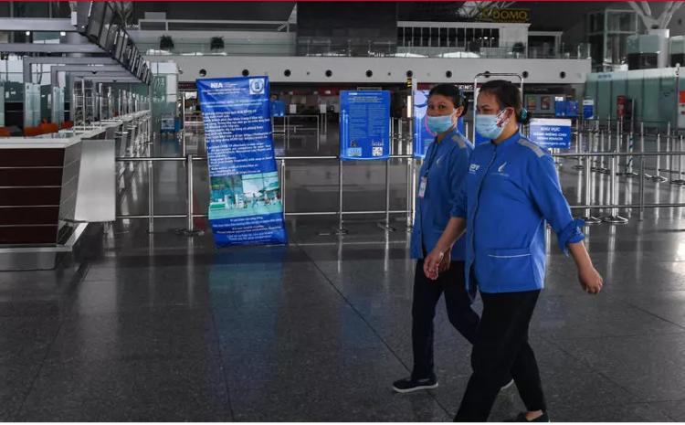 (rfi.fr)Face à la résurgence du Covid-19: le Vietnam suspend les vols internationaux
