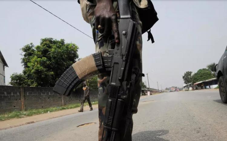 (rfi.fr)Côte d'Ivoire: un soldat ivoirien tué lors une attaque dans le nord-est du pays