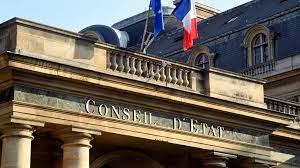 (rfi.fr)France: le Conseil d'État juge illégale la technique des «nasses» lors des manifestations.