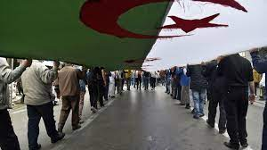 (rfi.fr)Algérie : trois figures de la contestation arrêtées avant les élections législatives.