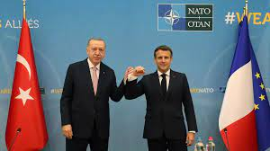 (rfi.fr)En marge du sommet de l'Otan, une rencontre Macron-Erdogan après des mois de tension.