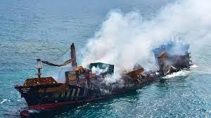 (rfi.fr)Cargo coulé au Sri Lanka: peu de déclarations et beaucoup de questions à Singapour.
