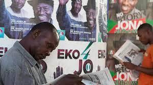 (rfi.fr)Les médias nigérians vent debout contre la demande de suspension de leurs comptes Twitter.