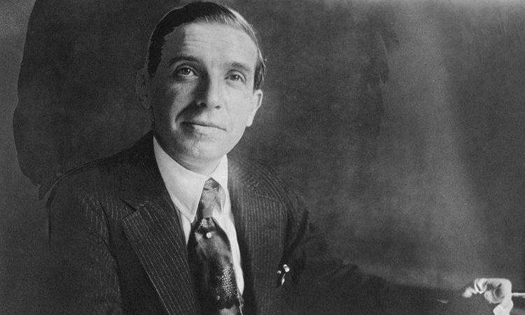 (BBC)Carlo Ponzi : la vie étonnante de l'homme d'affaires italien qui a inventé l'arnaque pyramidale