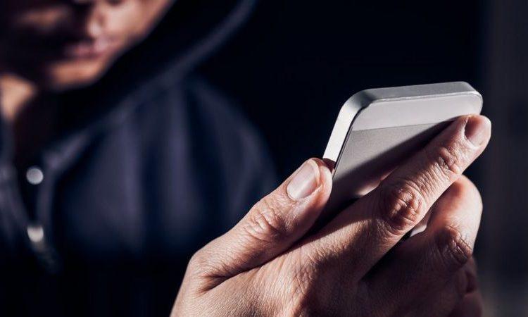 (BBC)Comment savoir si votre téléphone portable a été piraté et ce que vous pouvez faire pour l'éviter