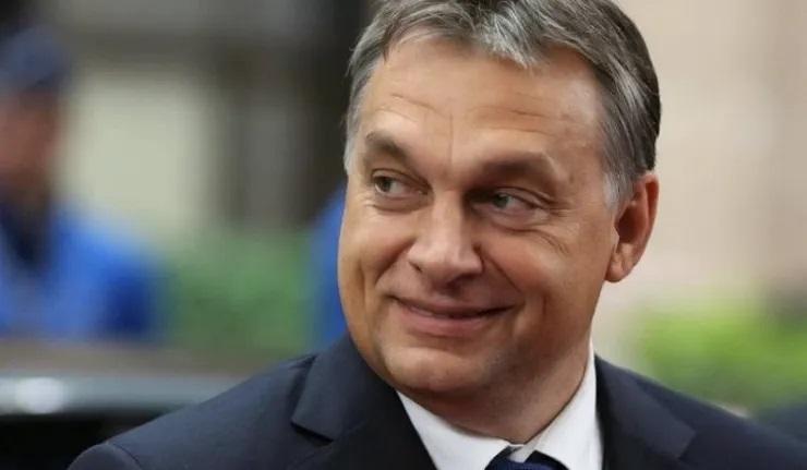(Ri)La Hongrie doit enfin faire un choix