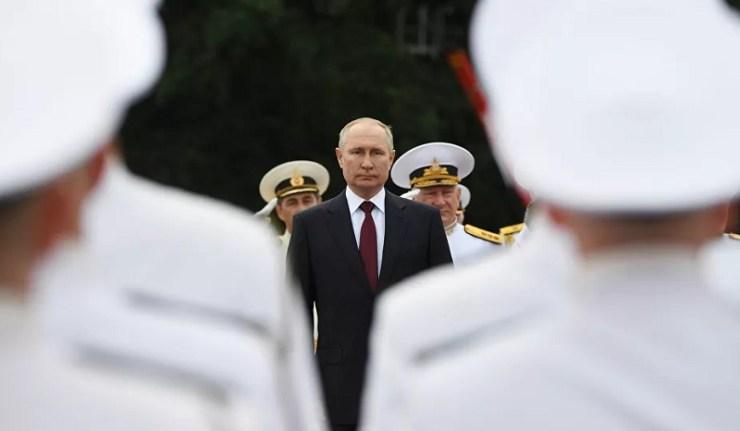 (Reseauinternational)Vladimir Poutine s'exprime sur les nouvelles armes de la marine russe