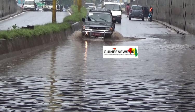 (guineenews)Conakry : plusieurs localités envahies par les eaux (images)