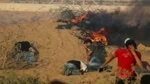 (rfi.fr)Blocus à Gaza: plus de vingt blessés lors de heurts avec l'armée israélienne près de la frontière.