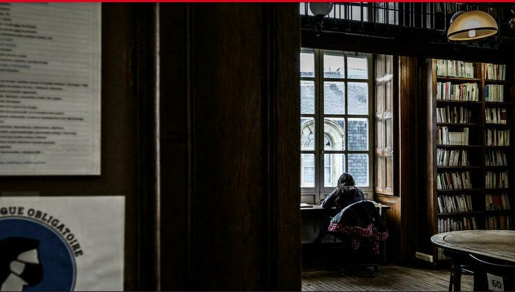 (rfi.fr)Covid-19 en France: rentrée universitaire 100% en présentiel pour des millions d'étudiants