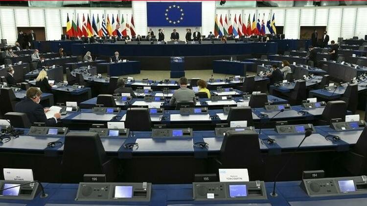 (rfi.fr)L'UE discute des modalités d'application de la loi européenne sur le climat