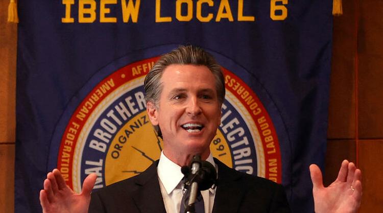 (rfi.fr)Référendum en Californie: victoire du gouverneur démocrate, qui échappe à la révocation