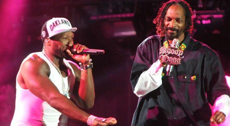 """(mouv.fr)50 Cent a tout fait pour que Snoop Dogg ne fume pas sur le tournage de la série """"BMF"""""""
