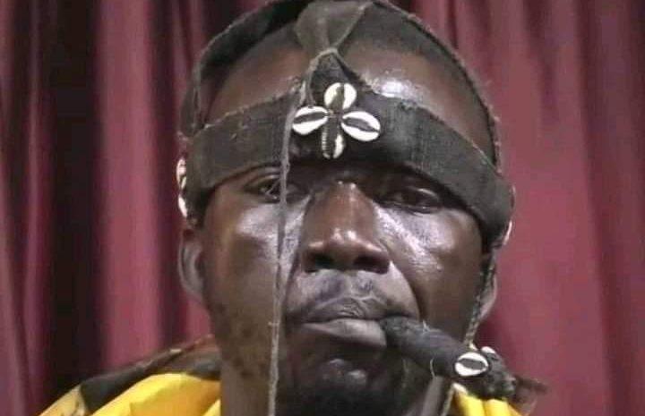 (Guineenews.org)Guéckédou : Michel Lamah agresse un Chinois, gifle un militaire et endommage son véhicule