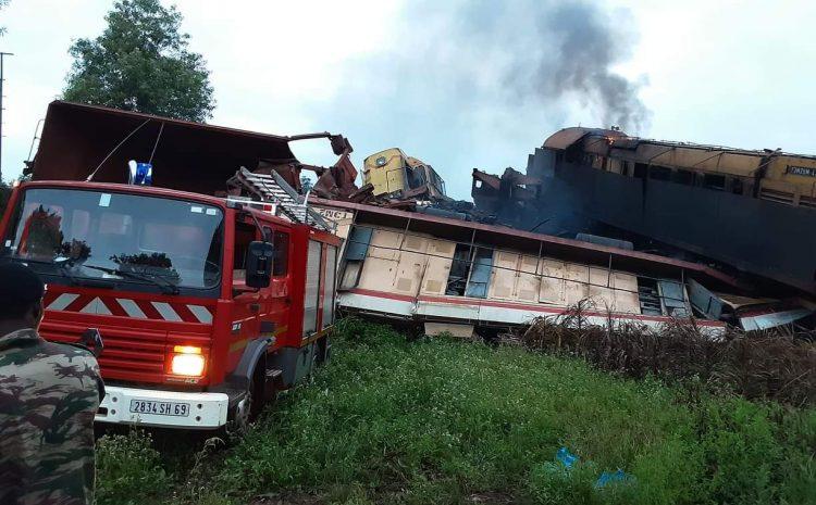 (Guineenews.org)Conakry : Une percussion entre deux trains minéraliers fait un mort et plusieurs blessés