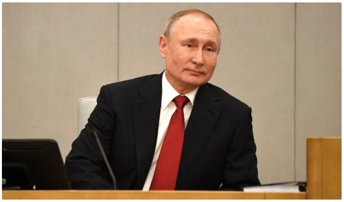 (Reseauinternational)Le Russiagate se poursuit, offrant à Biden une couverture politique