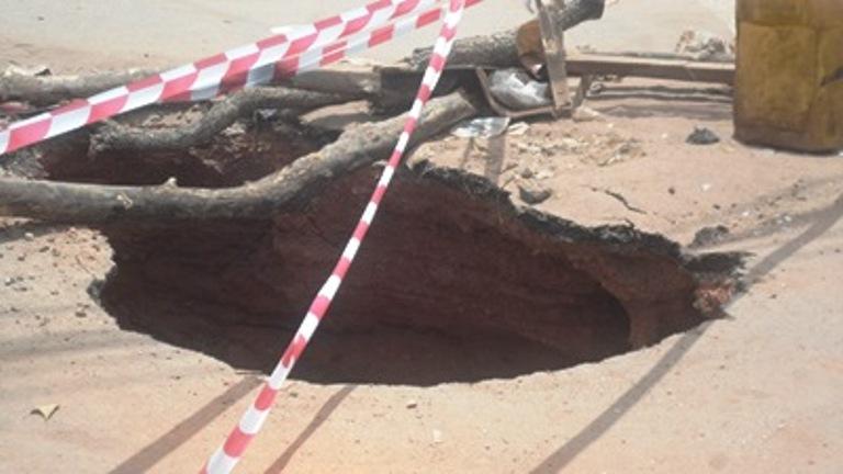 Séisme à Kindia  en attendant l'arrivée annoncée d'une mission à Bangouya, un habitant témoigne(guineenews.org)