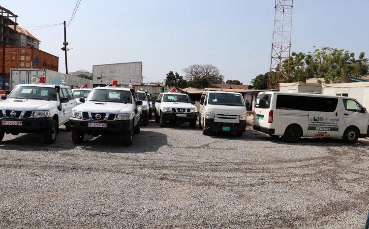 (guineenews.org)COVID-19  L'UNICEF remet des ambulances et des kits de protection au Ministère de la Santé(guineenews.org)