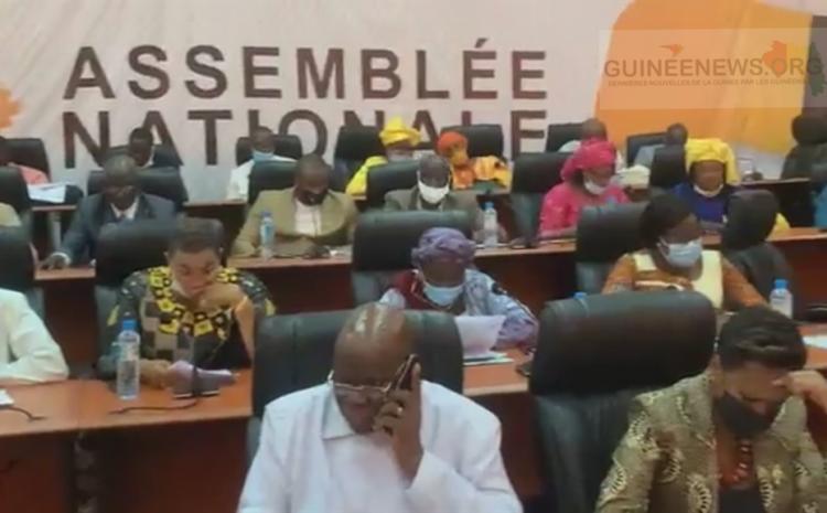 (Guineenews.org)Parlement  les députés accordent leur soutien au PM Kassory