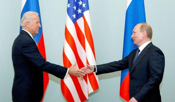 (Reseauinternational)États-UnisRussie – Quand Biden veut faire de Poutine un Gorbi 2.0