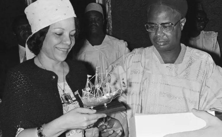 (rfi.fr)Germaine Ahidjo, l'ex-Première dame du Cameroun, est morte au Sénégal