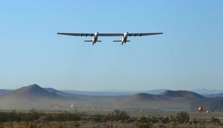 (observateurcontinental)Le plus grand avion du monde a décollé pour la deuxième fois