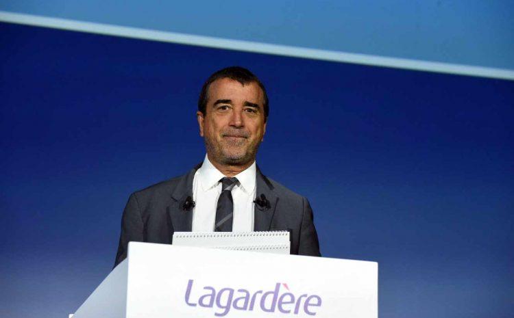 (monde.fr)Arnaud Lagardère renonce à la commandite, Vincent Bolloré nouvel homme fort du groupe.