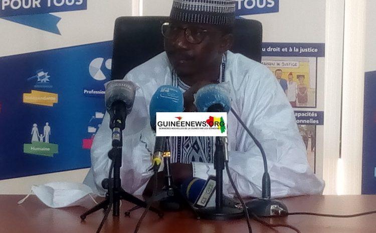 (Guineenews.org)Grève des auxiliaries de justice : Que dit le ministre Me Mory Doumbouya ?