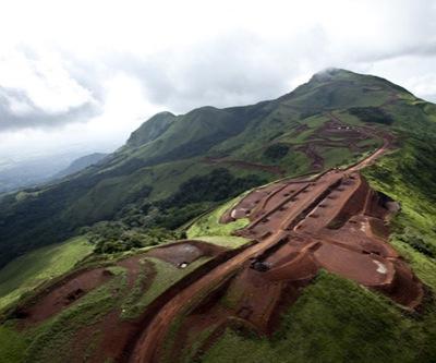 (Guineenews.org)Guinée – Mines  le progrès rapide du projet Simandou suscite la panique en Australie