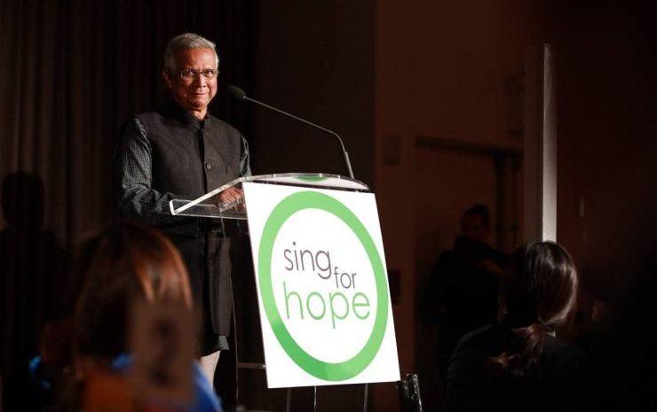 (forbes.fr)Exclusif | Rencontre avec Muhammad Yunus, Prix Nobel de la Paix qui a révolutionné la lutte contre la pauvreté en inventant le microcrédit.
